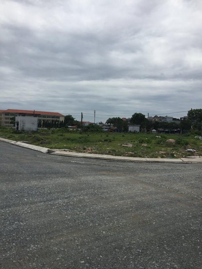 Mặt tiền đường Nguyễn Thị Tú, cạnh UBND và bệnh viện Chợ Rẫy 2, SHR, XDTD