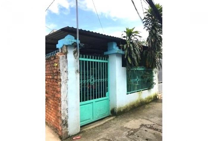 Cần bán gấp nhà cấp 4 đường 138, Tân Phú