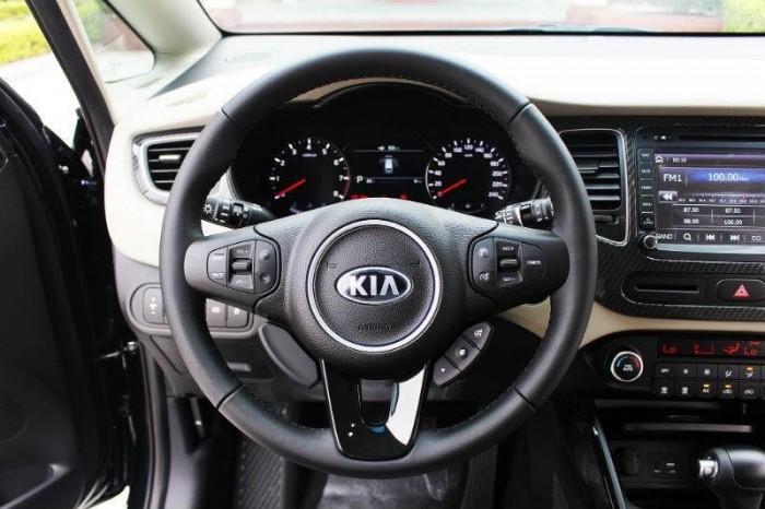 KIA RONDO F/L vừa ra mắt 4 phiên bản nâng cấp option và động cơ toàn diện 24