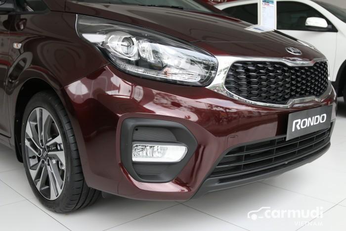 KIA RONDO F/L vừa ra mắt 4 phiên bản nâng cấp option và động cơ toàn diện 3
