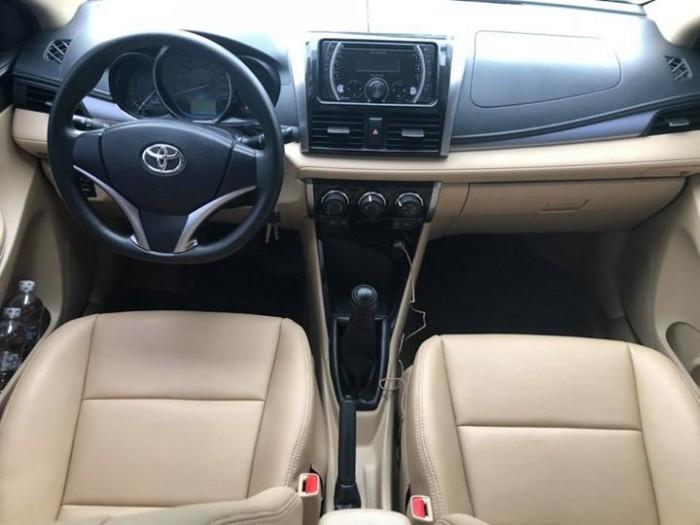 Bán Toyota Vios E 2017 vàng cát số sàn ít đi. 4