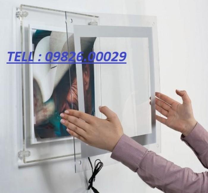 Nhận cung cấp các loại khung tranh, khung mica, khung poster với giá rẻ tại Hà nội9