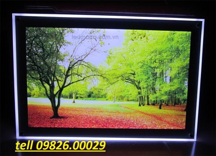 Nhận cung cấp các loại khung tranh, khung mica, khung poster với giá rẻ tại Hà nội10
