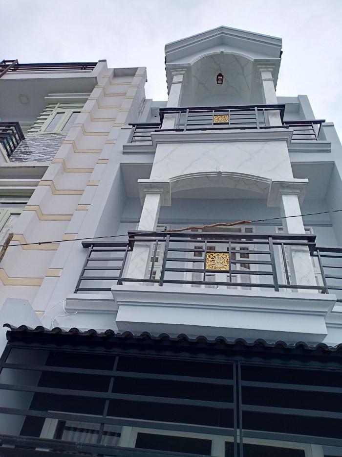Bán nhà tặng nội thất cao cấp, 30m2, 2 lầu