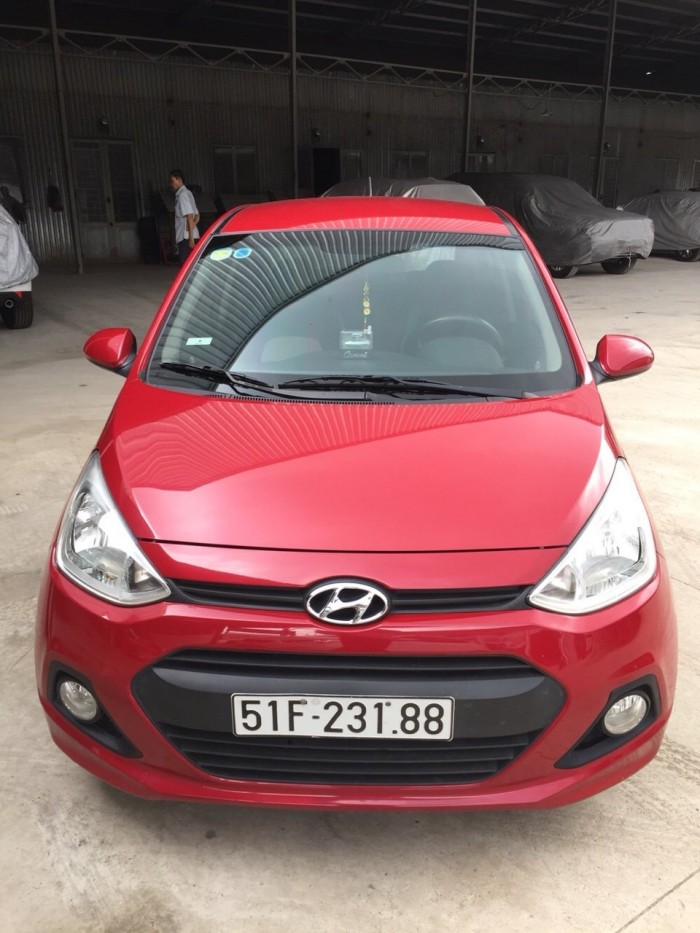 Bán Hyundai Grand i10 1.0MT bản 5 cửa gia đình nhập Ấn Độ 2015 biển Sài Gòn màu đỏ số sàn 5