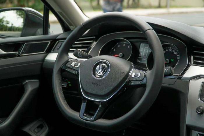 Bán xe Volkswagen Passat Bluemotion 1.8L TSI mới, nhập khẩu nguyên chiếc, hỗ trợ vay 80% 7