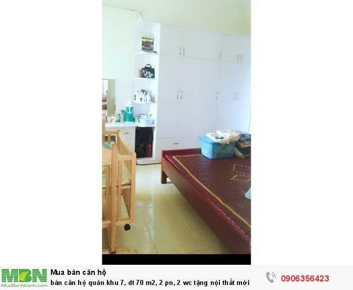 Bán căn hộ quân khu 7, dt 70 m2, 2 pn, 2 wc tặng nội thất mới