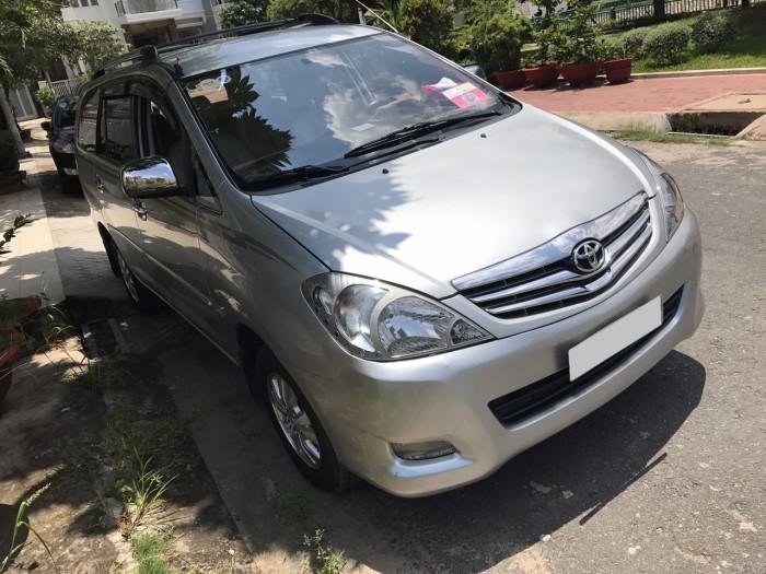 Mình bán Toyota Innova V 2010 tự động màu bạc giữ rất kỹ