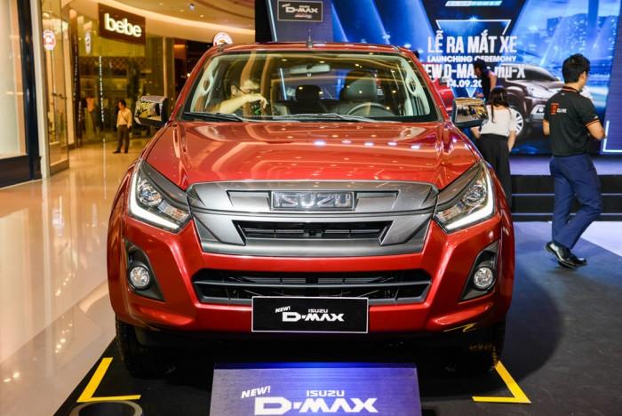 Isuzu Dmax LS 2018, hoàn toàn mới, với động cơ 1.9L, nhập khẩu Thái Lan
