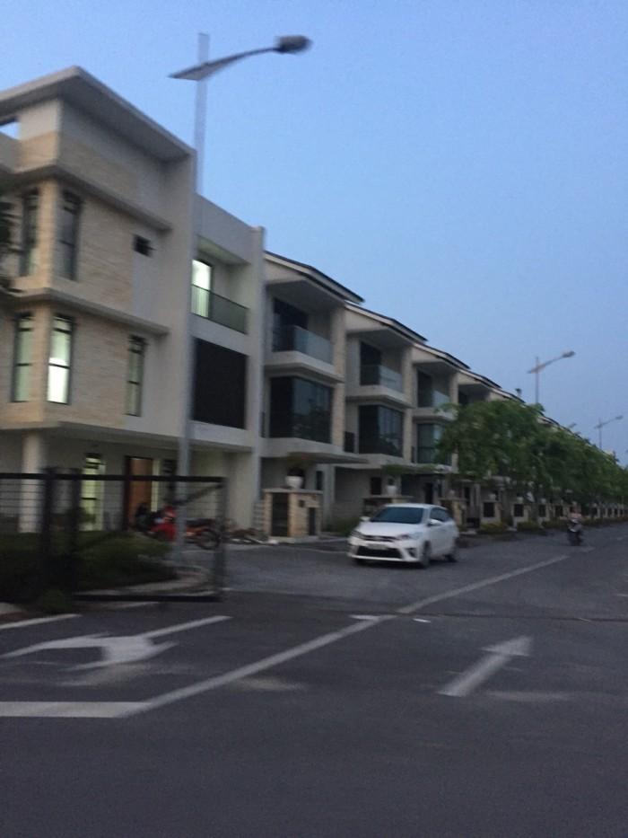 Bán đất Long Biên xây biệt thự, nhà vườn cực đẹp, 138m2.