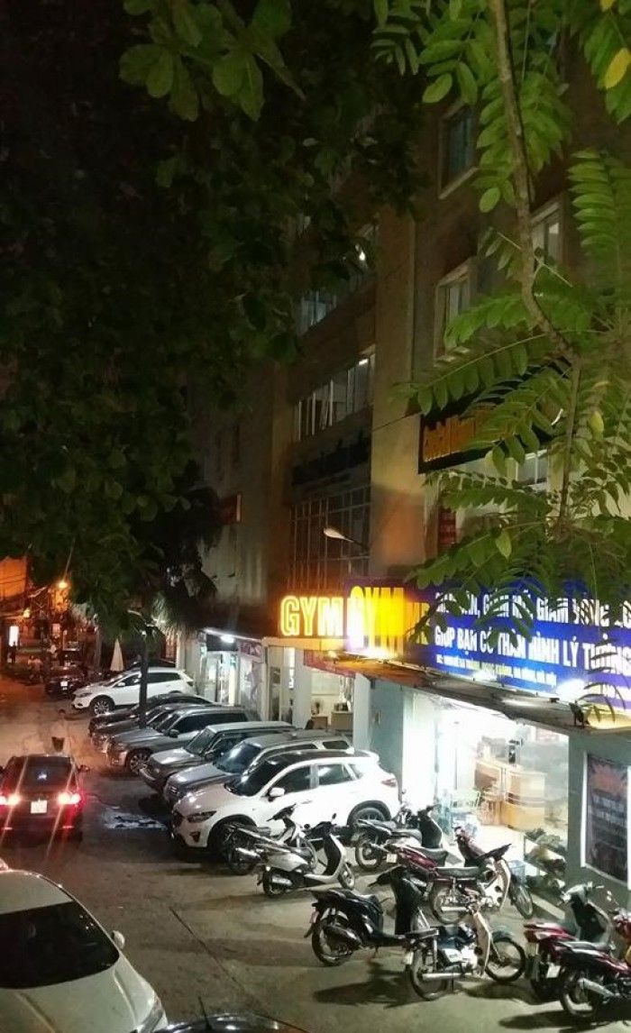 Bán nhà mặt phố Kim Mã mới mở, 120m2, 5 tầng, MT4.5m. Mua ngay trước khi lên giá!
