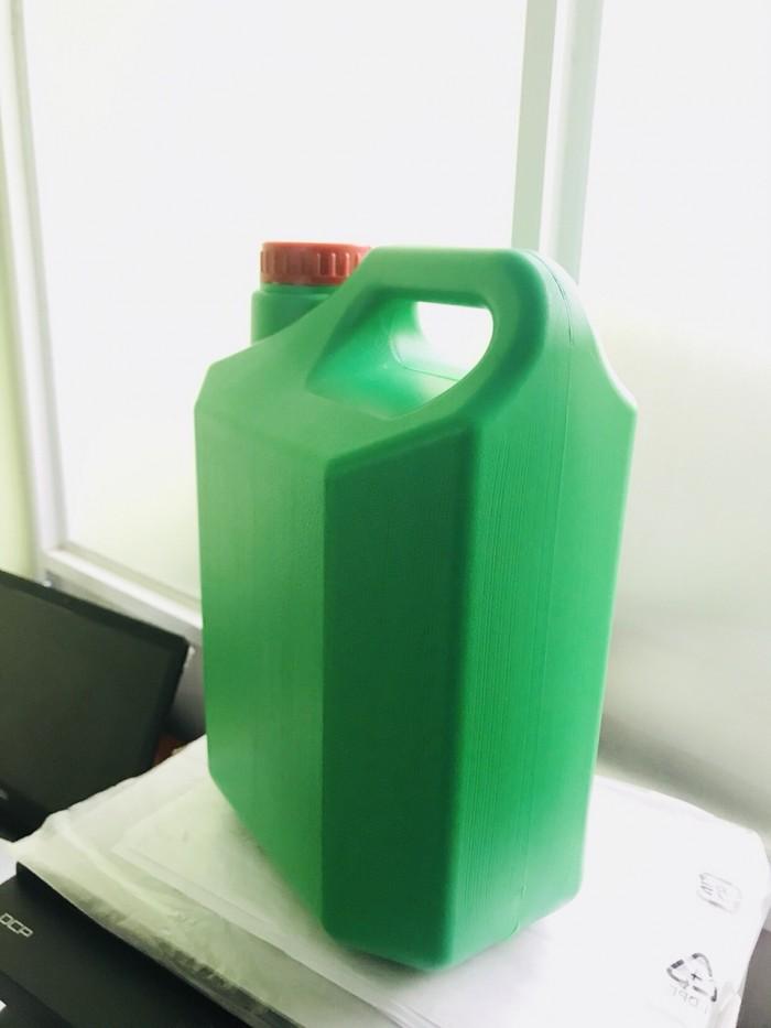 can nhựa 4