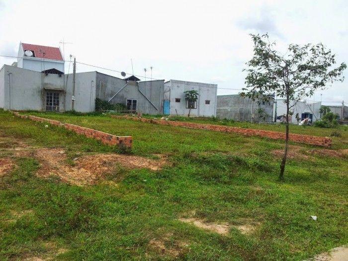 Bán đất mặt tiền Xã Phong Phú - Bình Chánh, SHR, DT 4x16m2