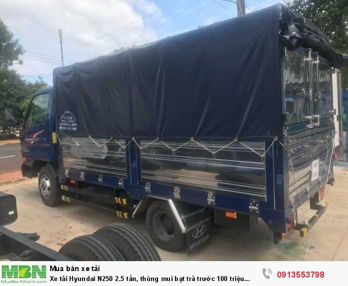 Xe tải Hyundai N250 2.5 tấn, thùng mui bạt trả trước 70 triệu giao luôn xe 4