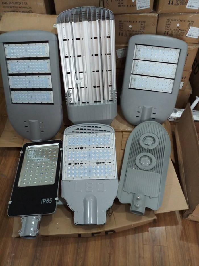 Hệ thống đèn LED chiếu sáng công cộng, xưởng sản xuất đèn LED - Mayor Wolf9