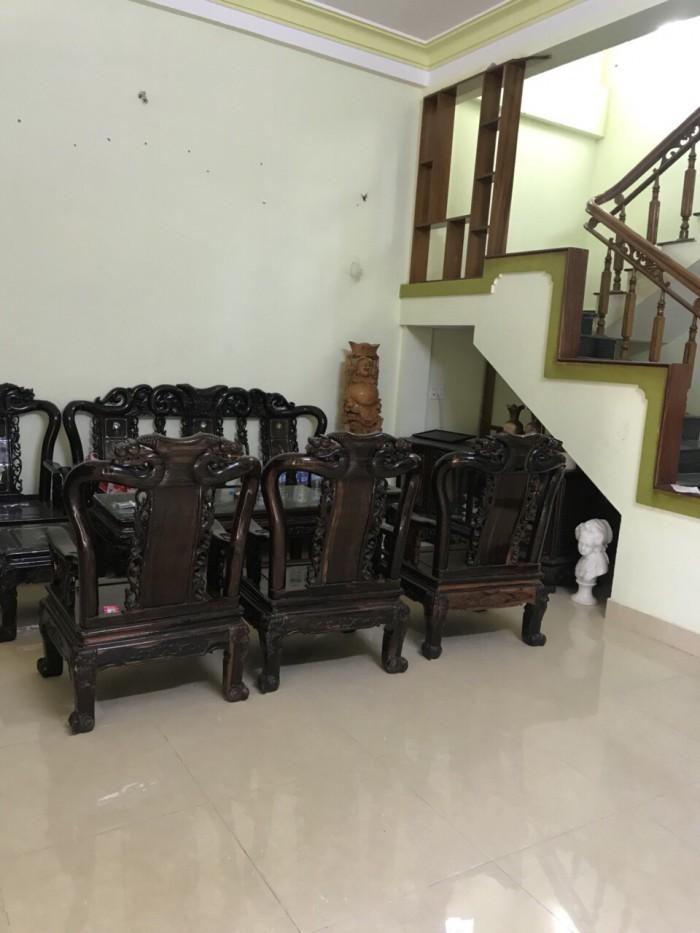 Cần tiền bán nhanh căn nhà nhỏ 2 tầng tại Lộc Ninh cách sân bay 1km