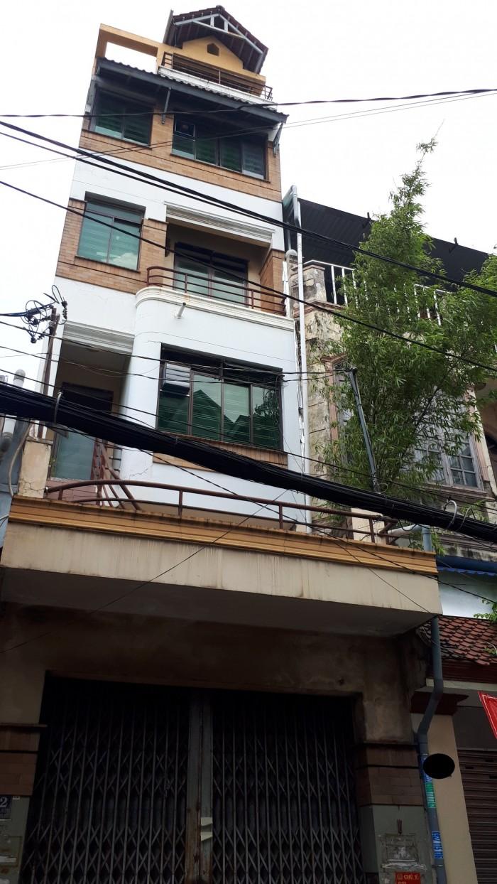 Định cư bán nhà MT đường Đông Hồ, DT 3.9m x 18m, 5 tầng (TL)