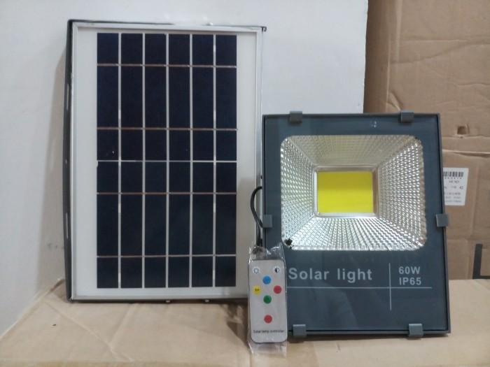 Đèn pha năng lượng mặt trời cao cấp 60W - MayorWolf0