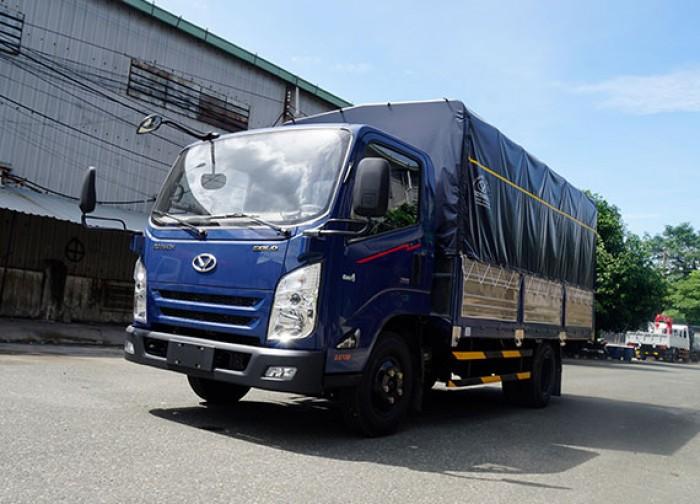 Xe tải Hyundai IZ65 gold 1.9 tấn thùng mui bạt 6m3, trả trước 70 triệu giao luôn xe tại Hyundai Vũ Hùng - Gọi 0933638116 (Mr Hùng 24/24)