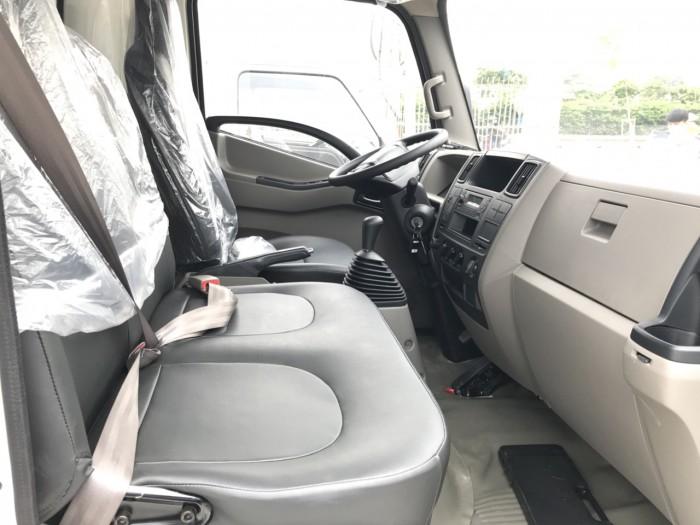 Giá xe tải Hyundai IZ49 2.4 tấn thùng mui bạt rẻ nhất tại Hyundai Vũ Hùng - Gọi 09...