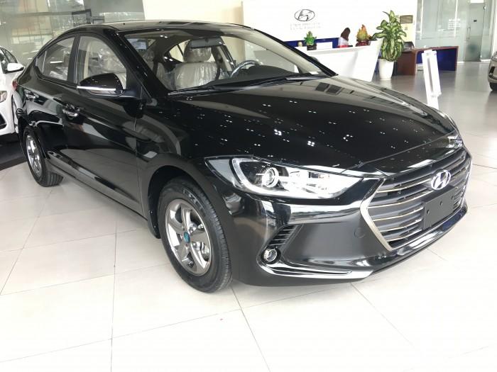 Hyundai Bình Dương ,Elantra 1.6MT có sẵn xe tại Hyundai Bình Dương,Bình Phước Hỗ Trợ A/C Mua Chạy Kinh Doanh