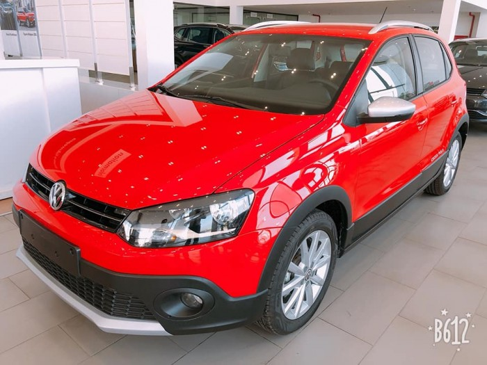Bán Volkswagen Cross Polo mới, nhập khẩu nguyên chiếc, giao ngay, hỗ trợ vay 80% giá trị xe