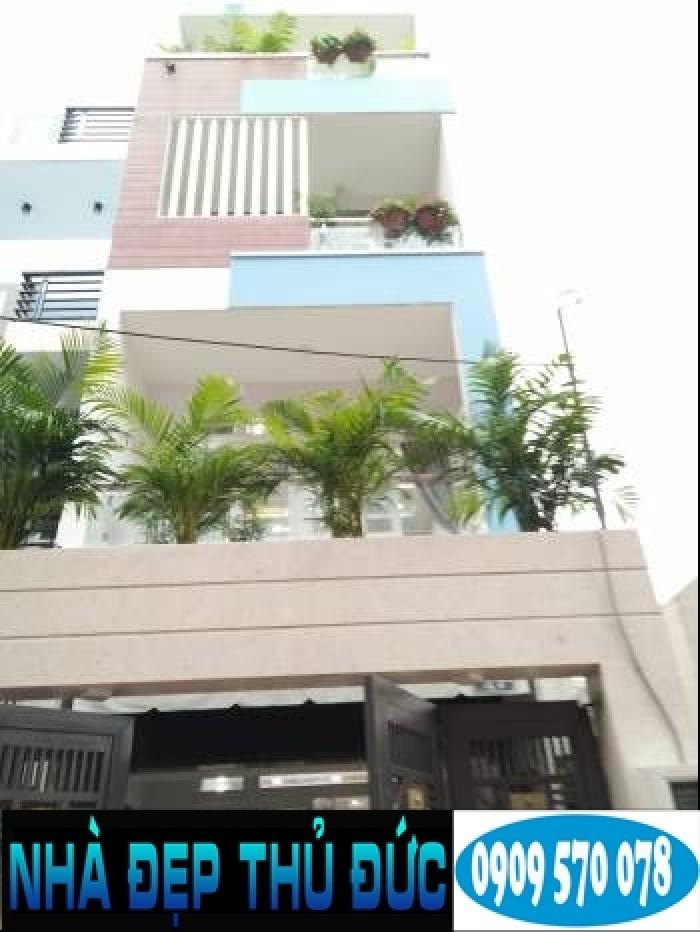 Nhà 1 trệt 3 lầu hẻm xe hơi có sân đậu xe hơi đường 22 Linh Đông