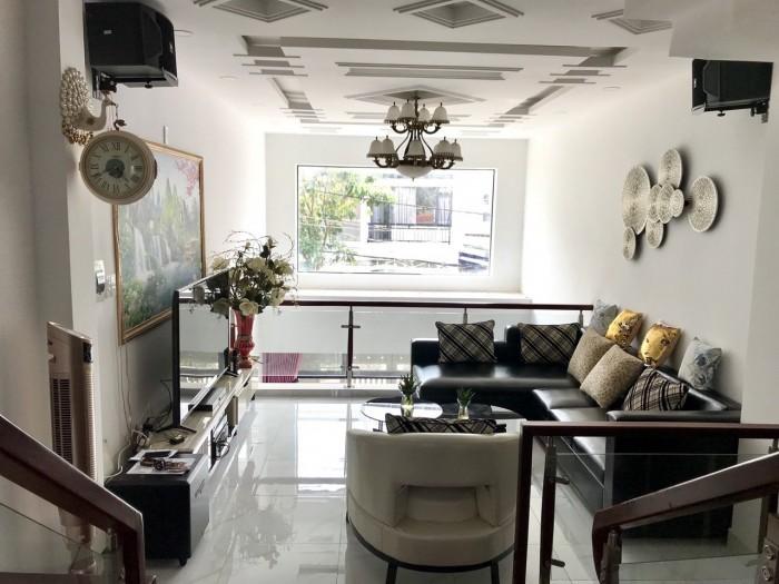 Bán nhà hẻm 1979 Huỳnh Tấn Phát, Nhà Bè, diện tích 256m2 gồm 5PN 6 toilet, nội thất sang trọng giá 6.1 tỷ