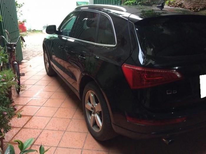 Gia đình cần bán Audi Q5, sx 2011, màu đen, nội thất đen