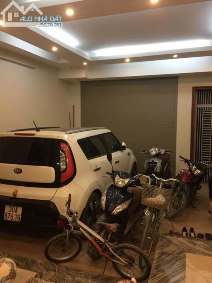 Sát MT Trần Quang Diệu,xe hơi vào nhà,52m