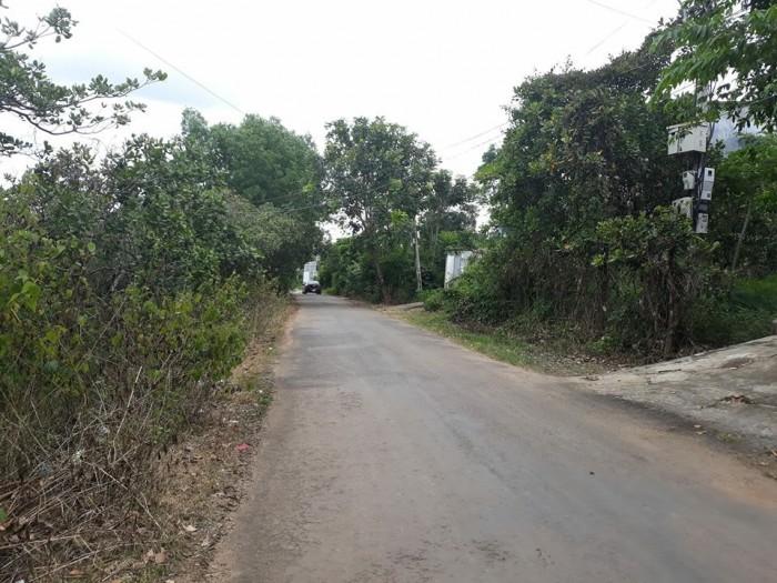Bán đất mặt tiền Nguyễn Trường Tộ, 240m2