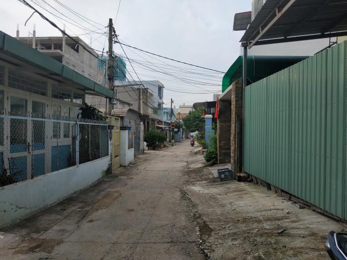 Cho thuê nhà 1 trệt 1 lầu đường 39 P Bình Trưng Đông, Q.2, mới xây chỉ 5,5 tr