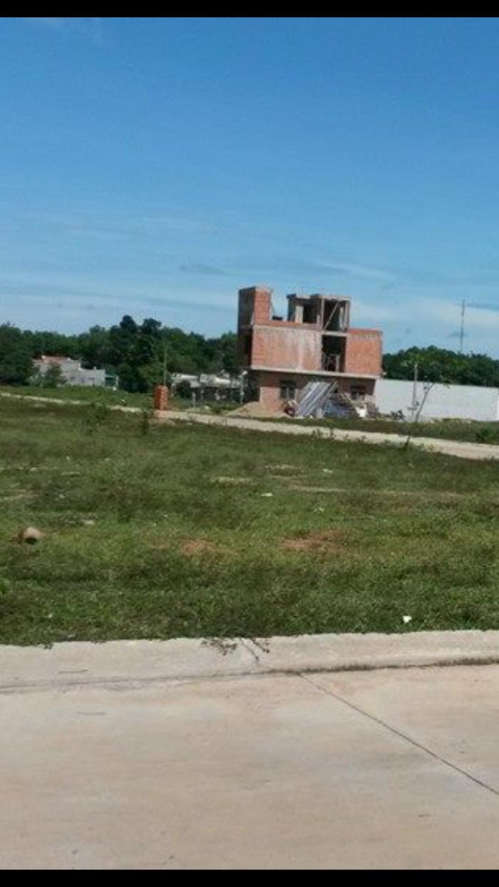 Cần bán Lô đất đường Nguyễn văn cừ Long Tâm tp Bà Rịa Vũng Tàu