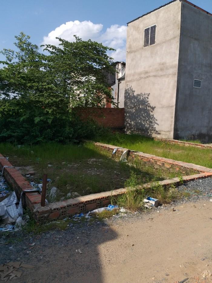 Tôi có lô đất nền ngay mặt tiền đường Vĩnh Lộc cần bán gấp