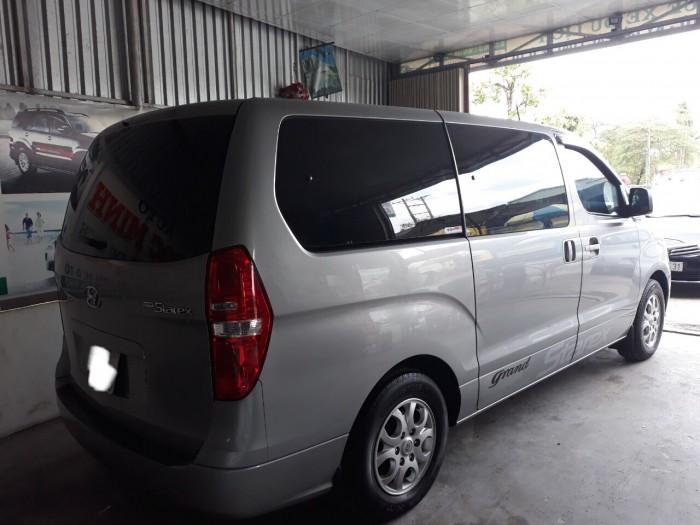 Bán Hyundai Starex 2015, màu bạc, đúng chất, xe nhập, giá TL, hổ trợ góp