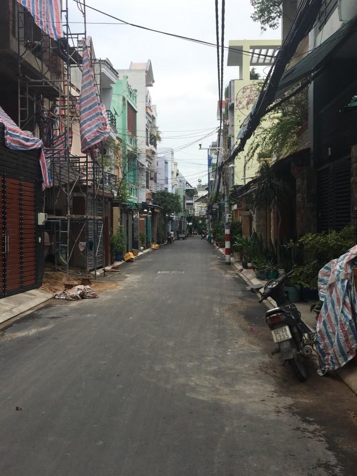 Bán nhà hẻm xe hơi Nguyễn Thế Truyện ,DT: 11m x 22m