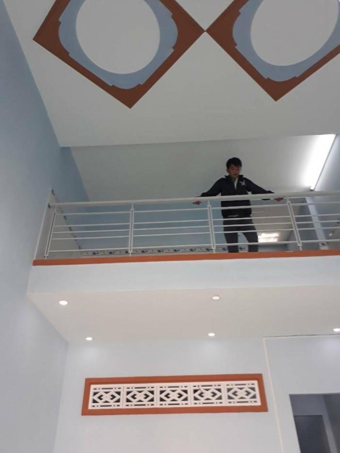 Nhà cấp 4 gác lửng diện tích 4x11m giá 870tr mua bán chính chủ