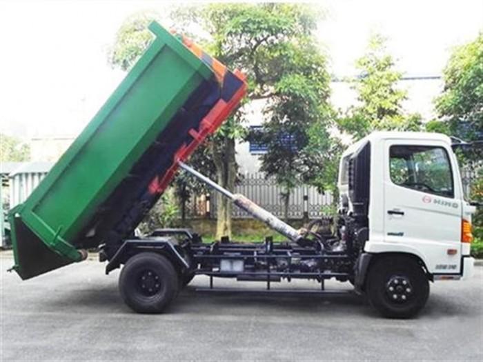 Xe chở rác thùng rời 22 khối Hino