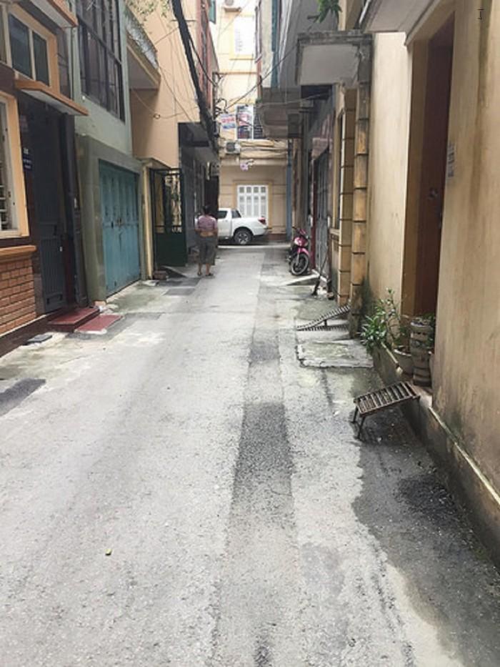 Bán nhà chính chủ phố Tây Sơn ô tô qua nhà