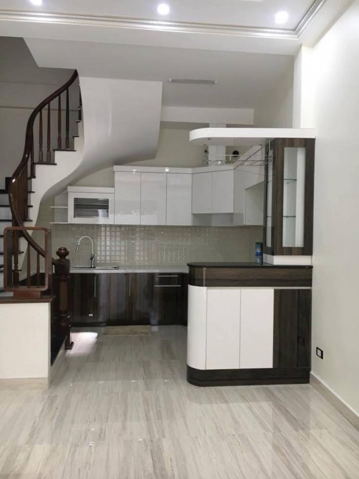 Bán nhà trắng như Ngọc Trinh ở Thái Hà, nhà đẹp ở ngay. 40m2 *5 tầng