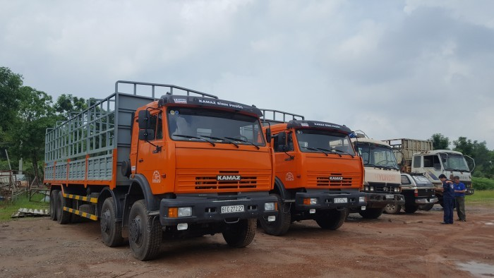 Tải thùng 4 giò Kamaz, Kamaz thùng 30 tấn, Bán xe tải thùng kamaz 4 chân dài 9m 2
