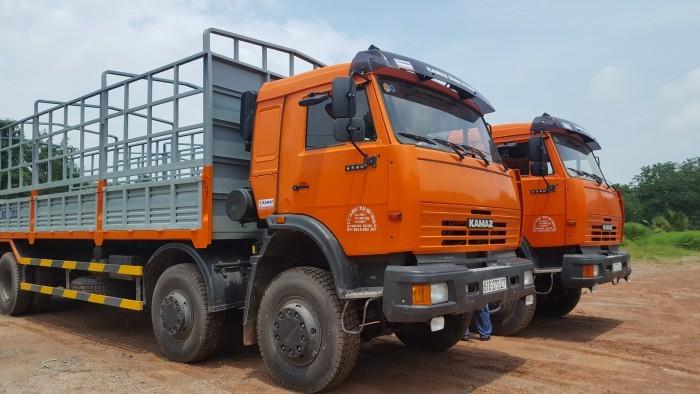 Tải thùng 4 giò Kamaz, Kamaz thùng 30 tấn, Bán xe tải thùng kamaz 4 chân dài 9m 7