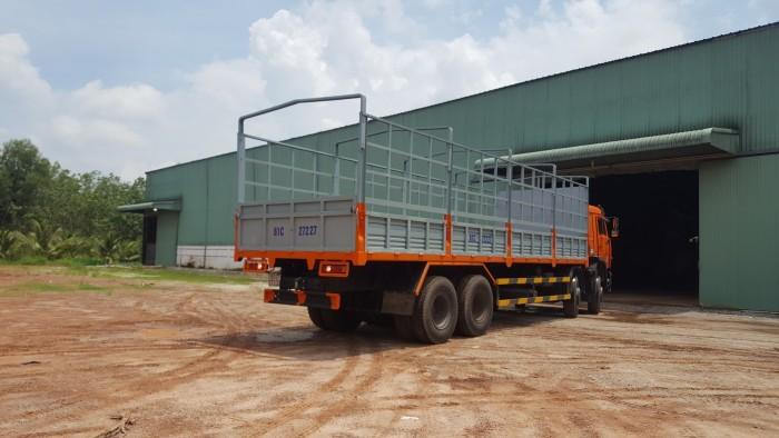 Tải thùng 4 giò Kamaz, Kamaz thùng 30 tấn, Bán xe tải thùng kamaz 4 chân dài 9m 8