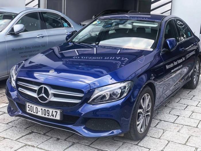 Mercedes C200 lăn bánh 1.000km , xe chính hãng, hổ trợ vay vốn tầm 7trieu / tháng 6