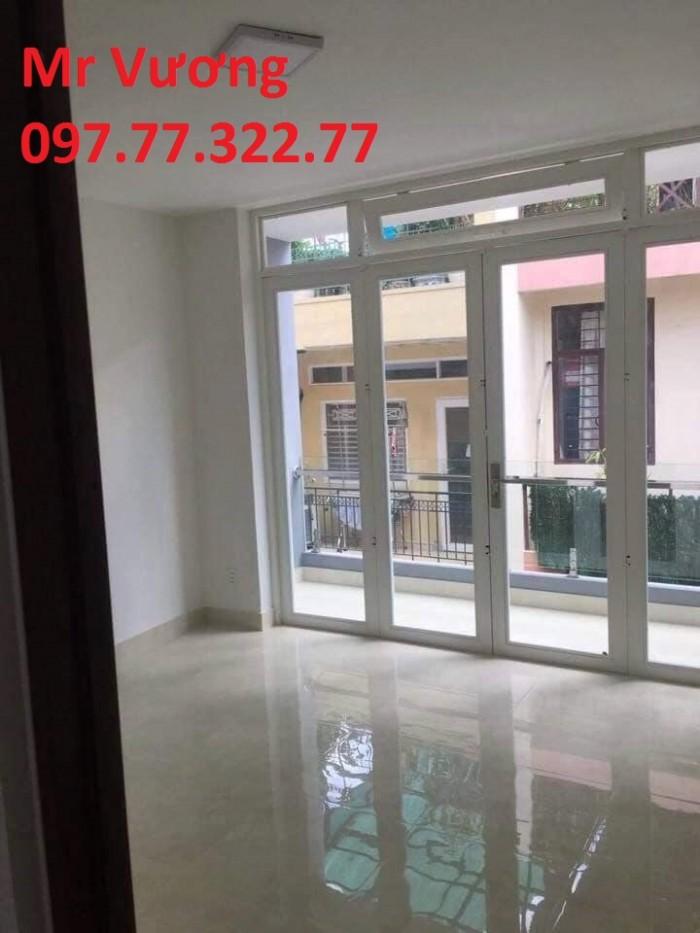 [Bán Gấp] Nhà đường Nguyễn Đình Chiểu,Q3, 4.3 x 11, dọn vào ở liền