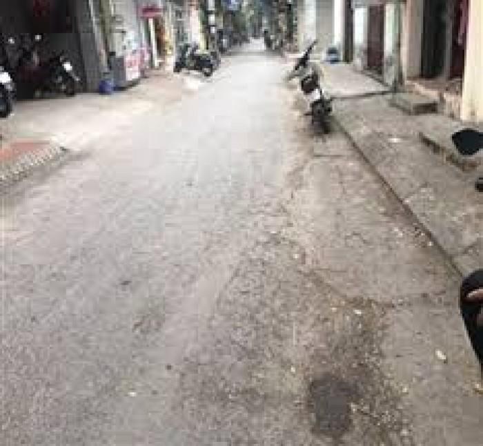 Gia đình chuyển đi nên cần bán gấp miếng đất 2 mặt tiền khu Cửu Việt 2, Trâu Quỳ, Gia Lâm