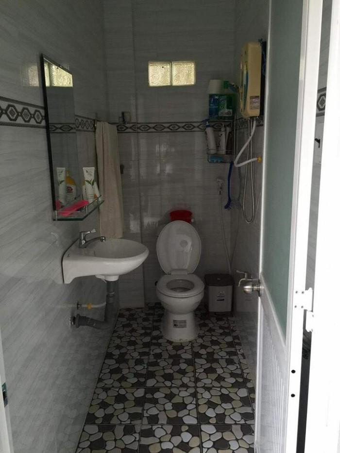 Nhà cấp 4 gác lửng nằm trên đường liên ấp 123 Vĩnh Lộc A
