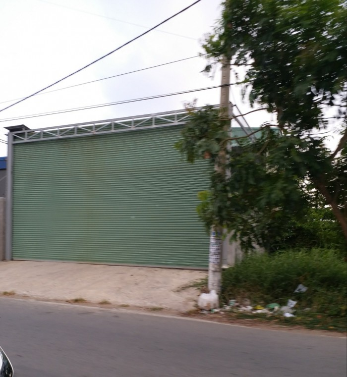 Bán nhà xưởng HXH 7m đường Bình Đông, P.14, Q.8. DT 266m2