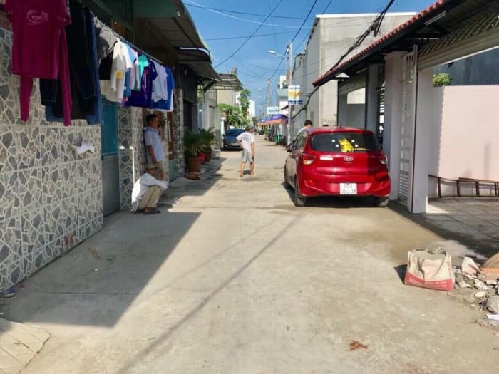 Nhà 1 trệt 1 lầu đường Dương Công Khi gần chợ Xuân Thới Thượng