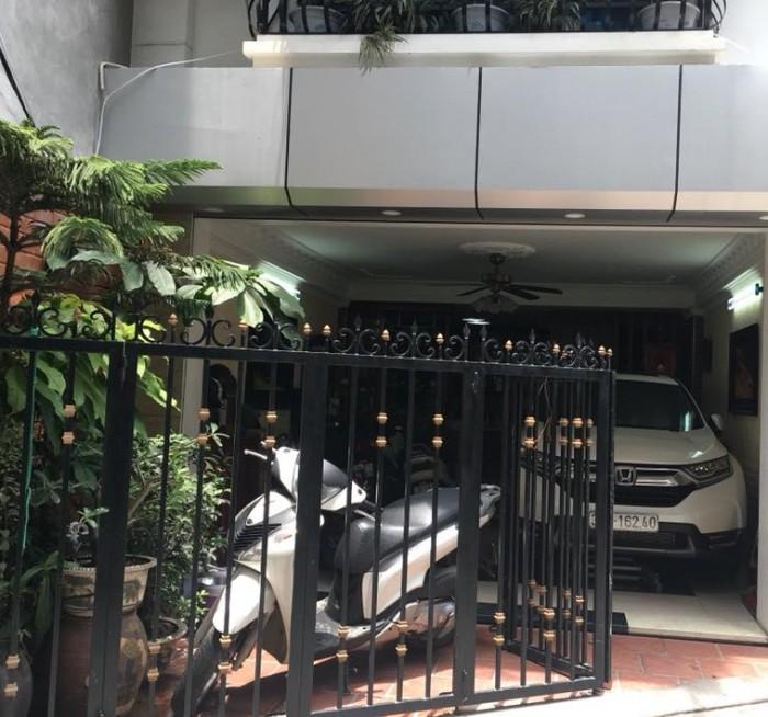 Chính chủ bán nhà phân lô hồ Hoàng Cầu, DT 50m*6 tầng, oto tránh, quay đầu, vào nhà